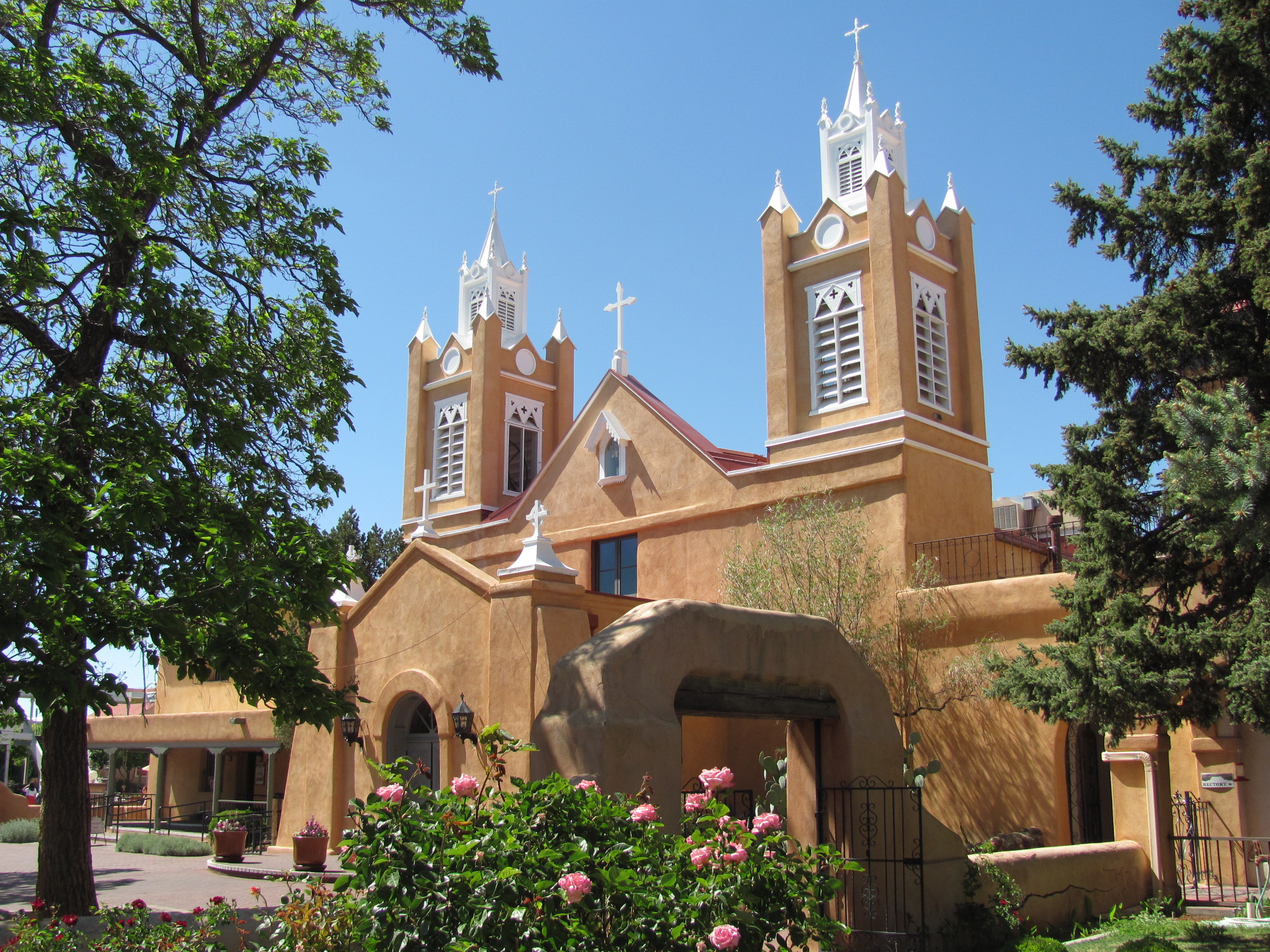San_Felipe_de_Neri_Church,_Albuquerque_NM